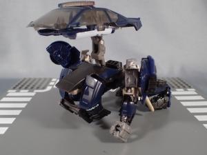 トランスフォーマー TLK-02 バリケード (29)