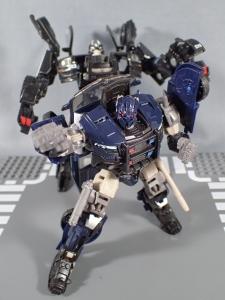 トランスフォーマー TLK-02 バリケード (37)