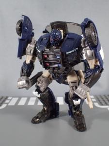 トランスフォーマー TLK-02 バリケード (41)