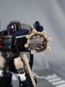 トランスフォーマー TLK-02 バリケード (63)