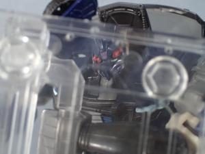 トランスフォーマー TLK-02 バリケードで色々遊んでみた (11)