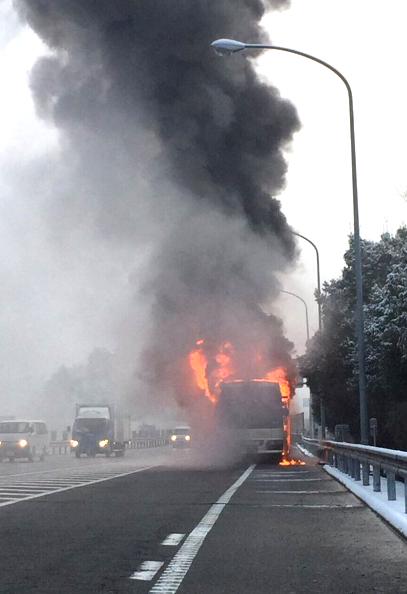 東広島 高速バス炎上