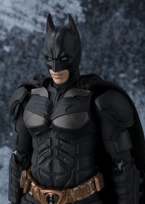 フィギュアーツ バットマン(The Dark Knight)[FIGURE-027663_03