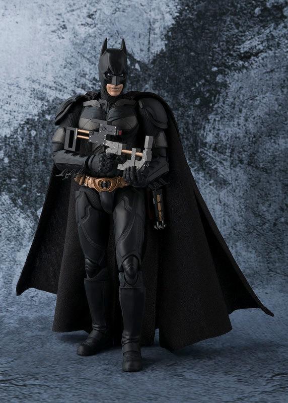フィギュアーツ バットマン(The Dark Knight)[FIGURE-027663_05