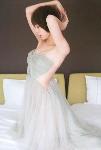 shinoda_mariko_g183.jpg