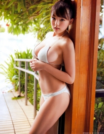 shinozaki_ai_g210.jpg
