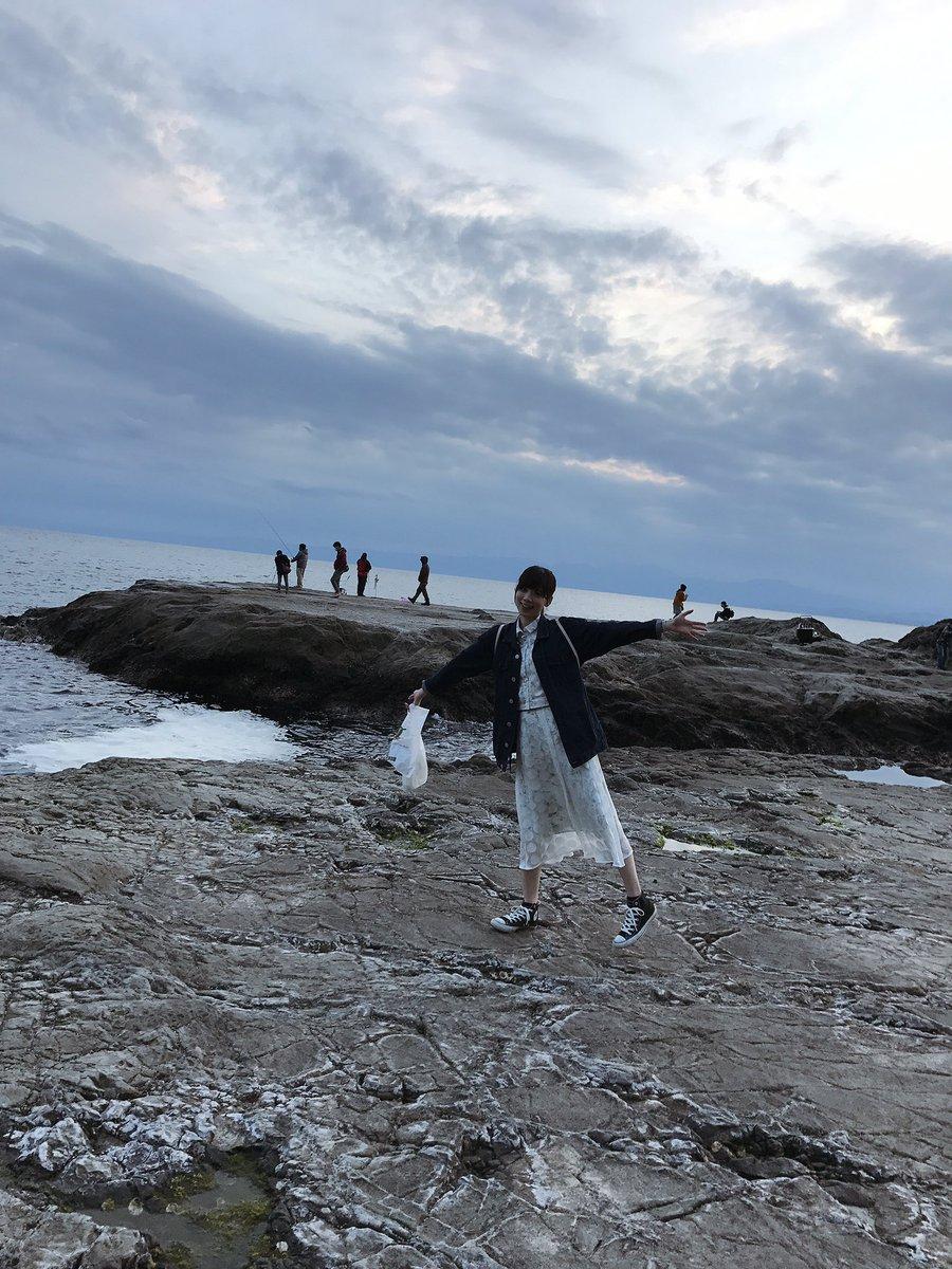 西川七海 鎌倉の海