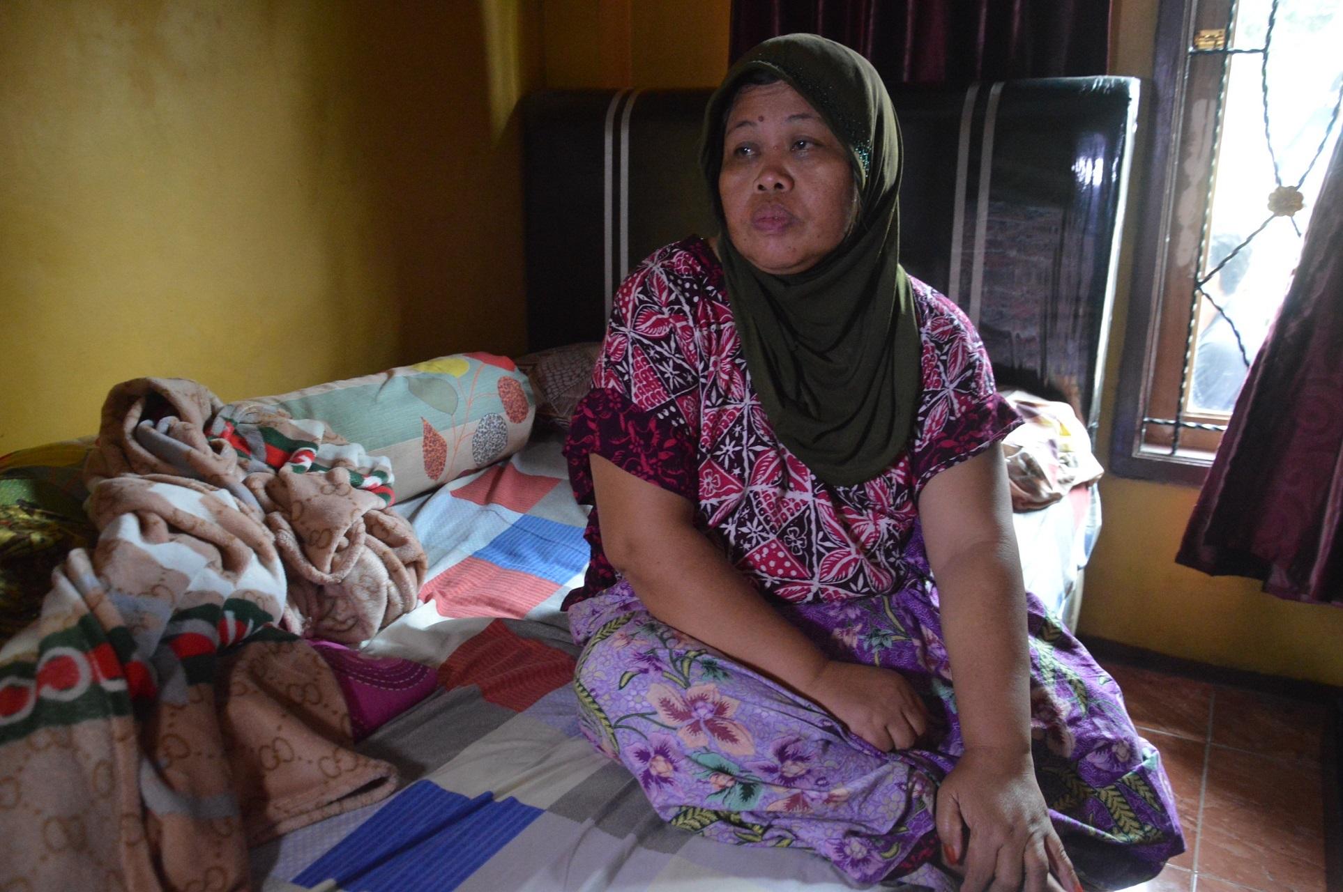 話をしてくれた母のべナさん(50)