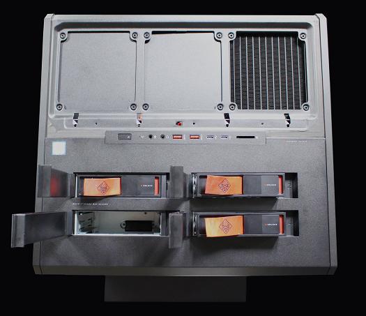525_OMEN X by HP Desktop 900_IMG_3817_02b