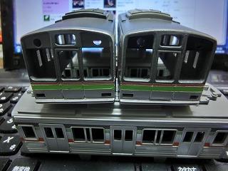 ボディーの基本塗装が終った「千葉ニュータウン鉄道 9000形」⑤