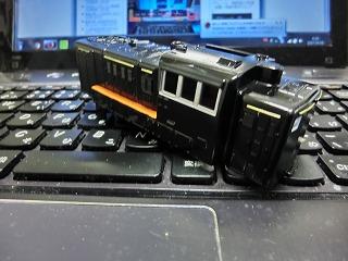 ボディーの塗装が終ったDE!0(黒塗装車)④