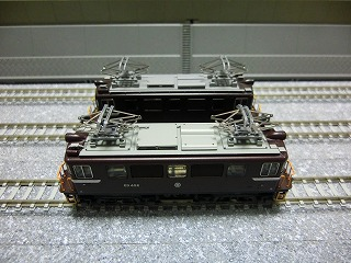ED403とED402 屋根の比較