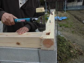堆肥置き場の屋根作り3