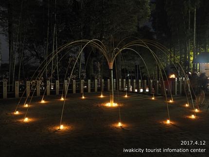 小川諏訪神社のシダレザクラ ライトアップ![平成29年4月12日(水)更新]3