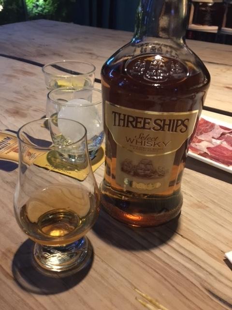 南アフリカのウイスキー_クエイク
