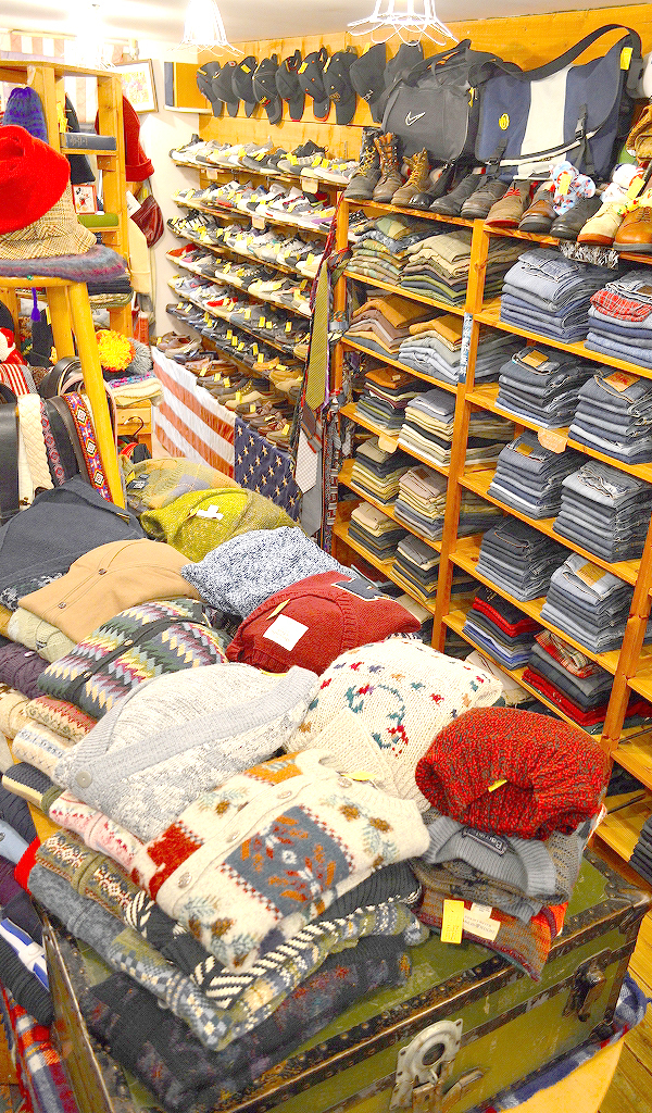 Used Clothing Shop古着屋カチカチ店内画像03