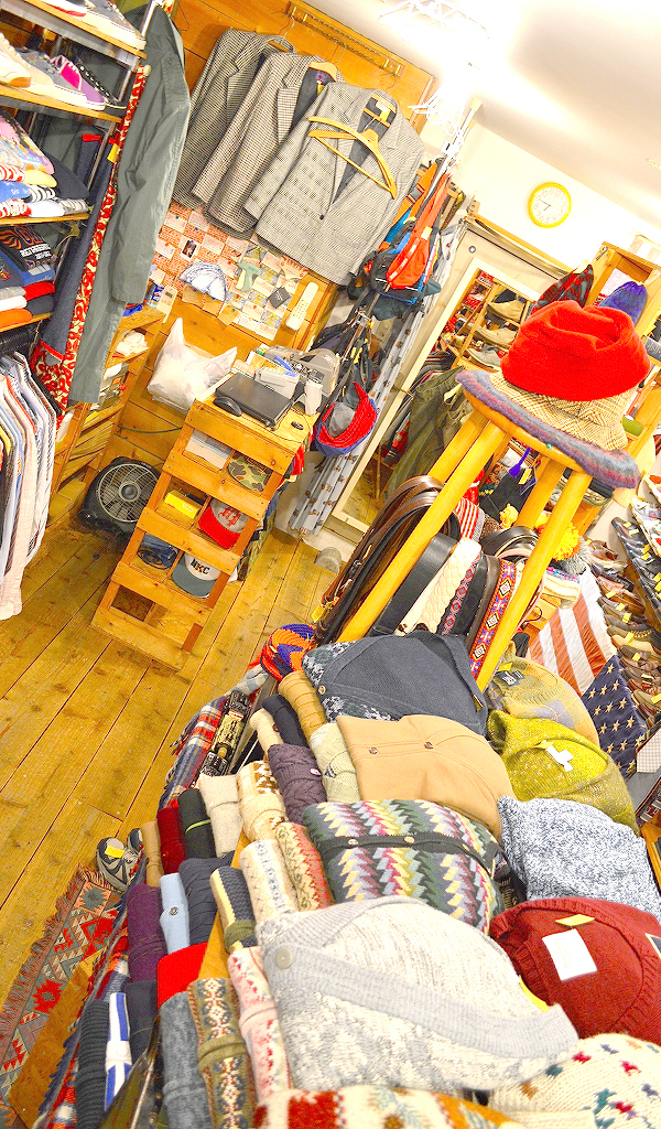 Used Clothing Shop古着屋カチカチ店内画像07