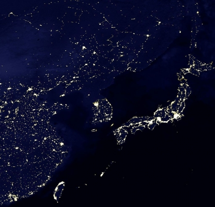 1024px-Eastasia_lights.jpg