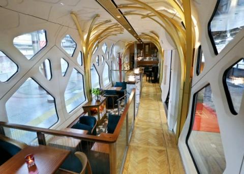 Train-Suite-Shikishima-3.jpeg