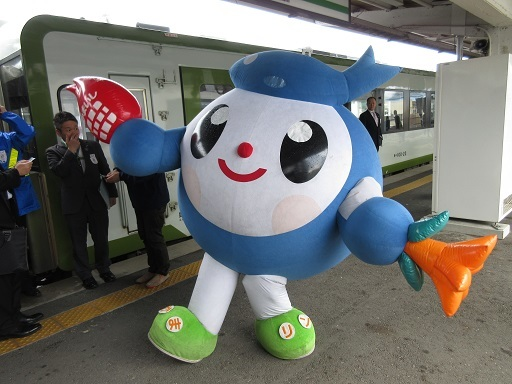 SL銀河釜石駅にて