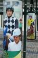 170402 柱に騎手紹介幕-07