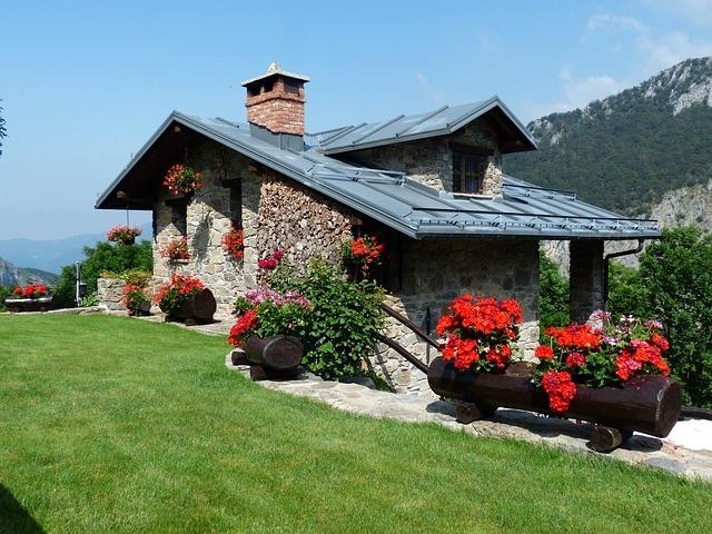 holiday-house-177401_640.jpg