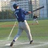 5回表、田中が安打で出塁