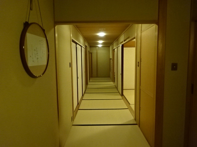 三養荘 浮舟 廊下
