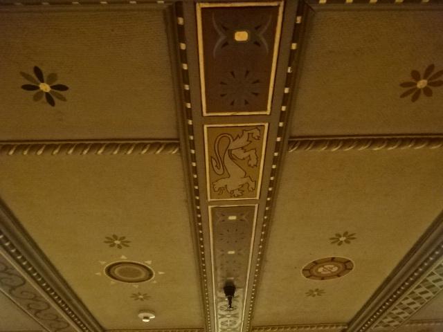 三越劇場 ステント2