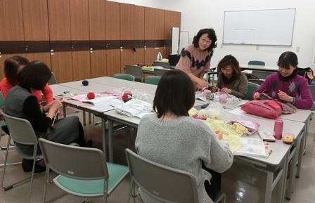 近鉄文化サロンでの編み物教室
