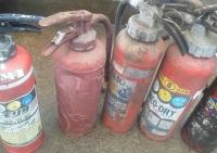 劣化消火器1 小林消防設備