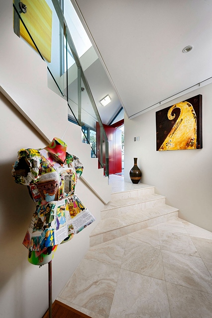 Artsy-Interior.jpg