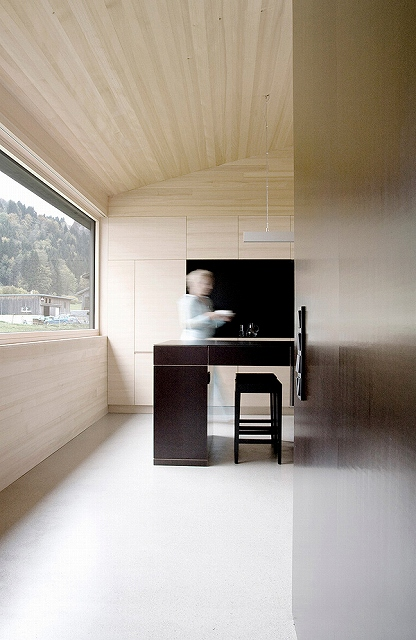 Simple_Living_Gudrun_House_Sven_Matt-5.jpg