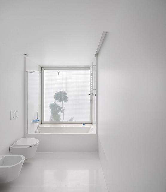 White-Bathroom.jpg