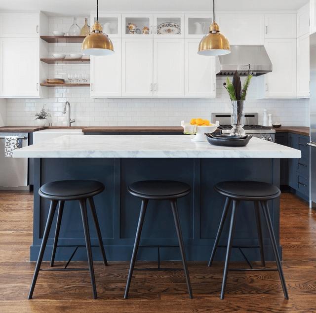 navy-blue-kitchen-cabinets.jpg