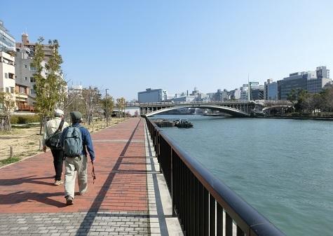 2 大川沿いを上流へ