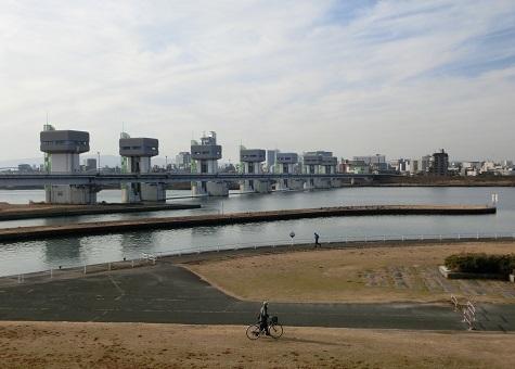 17 淀川大堰