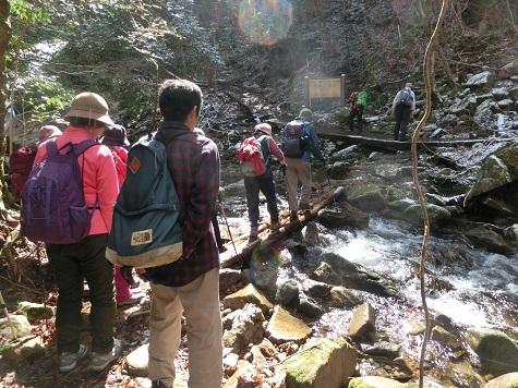 7 済浄坊渓谷を遡行する