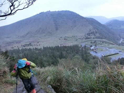 5 冷水坑の登山口方面