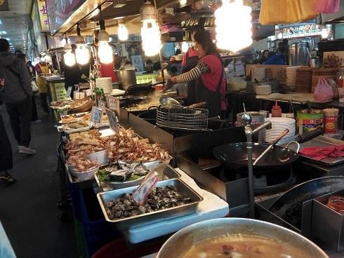 5 地下の美食街