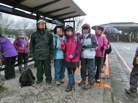 12 冷水坑の登山基地に到着
