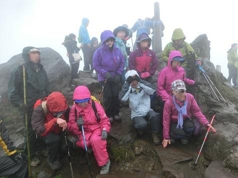 11sYu 主峰に登頂 1120m