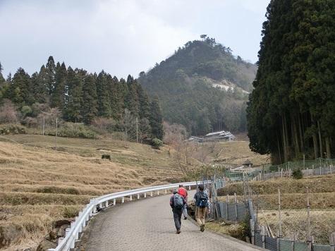 7 仏隆寺は近い