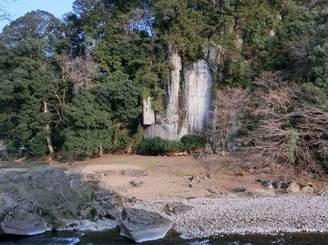 20 大野寺近くの弥勒磨崖仏