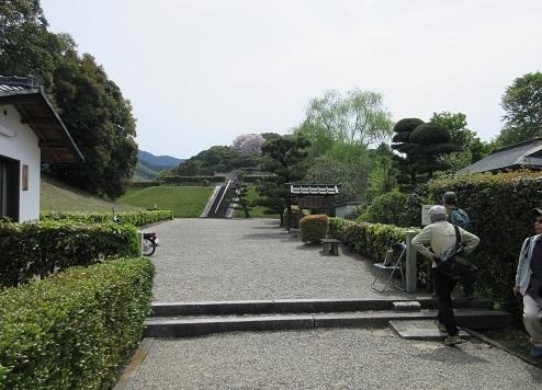 9 崇神天皇陵