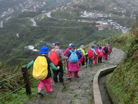 19 登山道を下る