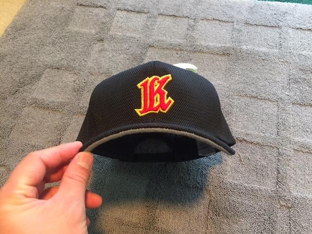 掛谷 帽子1