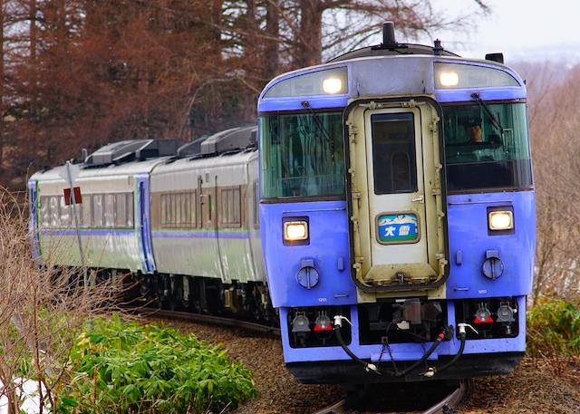 170414 JR H 185 daisetu aibetu1