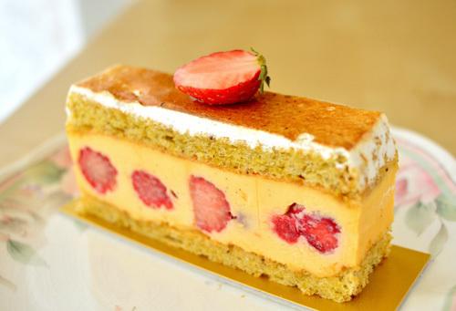 【ケーキ】ブロンディール「フレジェ」