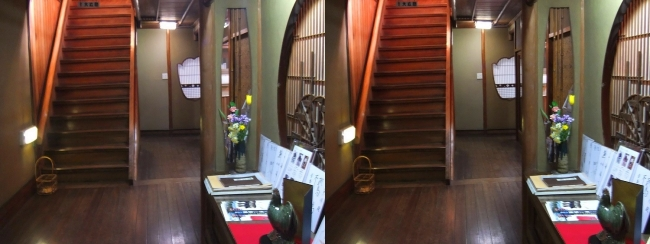 料亭旅館 魚信 廊下(交差法)
